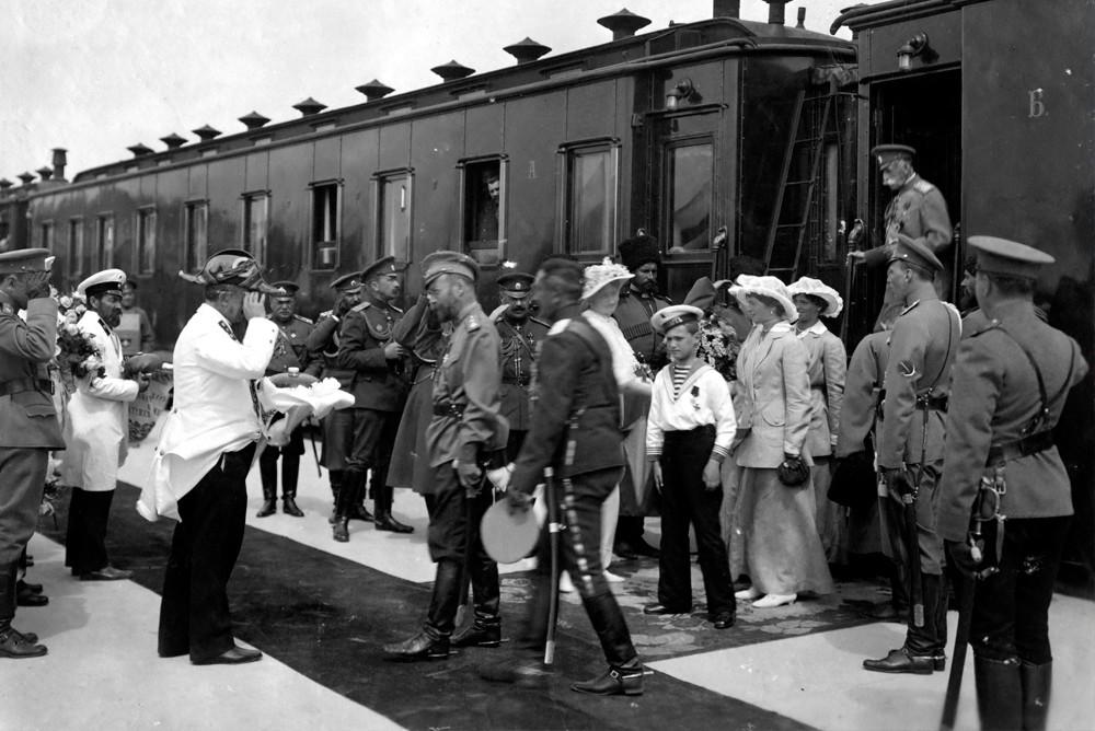 Прибытие Николая II в Евпаторию