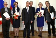 Дмитрий Медведев, вручение премии в области СМИ.