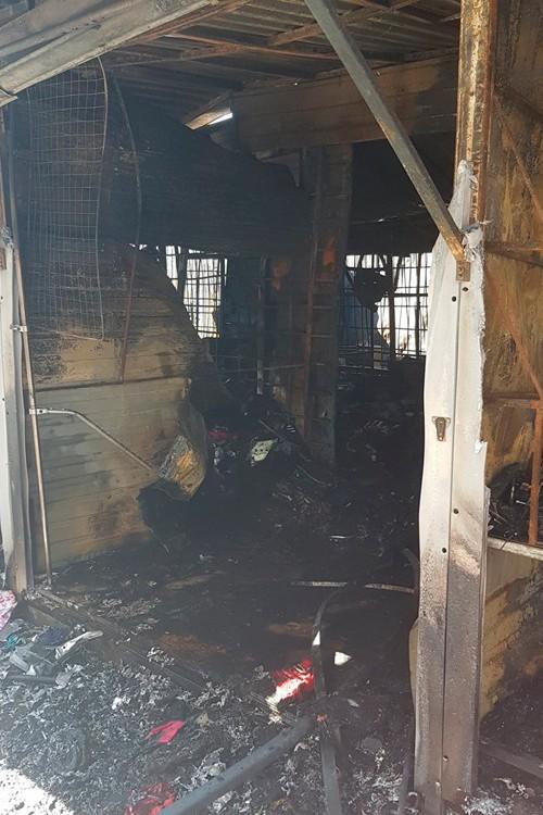 Сгоревшая торговая точка в Геленджике