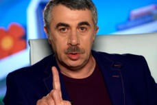 Доктор Комаровский жестко осудил действия украинской власти по давлению на украинские СМИ
